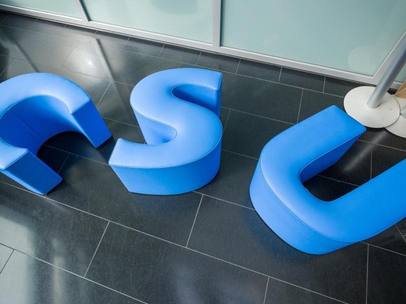 Die CSU will mit milliardenschweren Forderungen nach Steuersenkungen in den Bundestagswahlkampf ziehen. Foto: Peter Kneffel/dpa