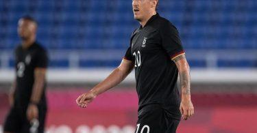 Die deutschen Fußballer um Max Kruse müssen sich deutlich steigern. Foto: Swen Pförtner/dpa