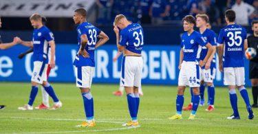 Der FCSchalke 04 unterlag dem HSV mit 1:3. Foto: Guido Kirchner/dpa