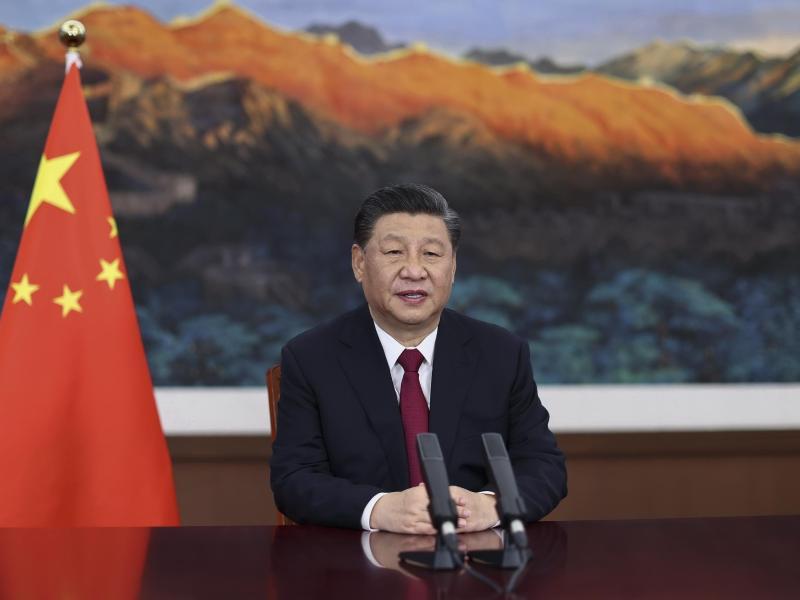 Chinas Präsident Xi Jinping hält bei der Eröffnungszeremonie der Jahreskonferenz des Boao Forum for Asia (BFA) eine Rede. Foto: Ju Peng/Xinhua/AP/dpa