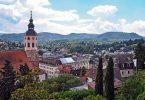 Der Blick auf die Innenstadt von Baden-Baden. Foto: Uli Deck/dpa
