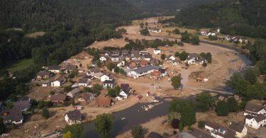 Eine Luftaufnahme vom Ort Ahr vom 22. Juli 2021. Foto: Thomas Frey/dpa