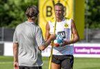Sportdirektor Michael Zorc (l) bezeichnet die Gerüchte um Erling Haaland als «heiße Luft». Foto: David Inderlied/dpa