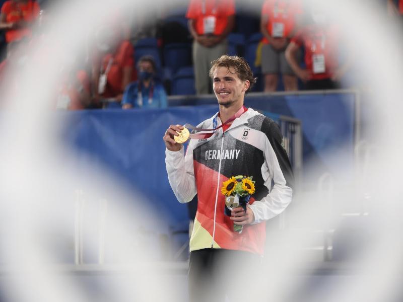 Alexander Zverev ist der erste Tennis-Olympiasieger im Herren-Einzel. Foto: Jan Woitas/dpa-Zentralbild/dpa