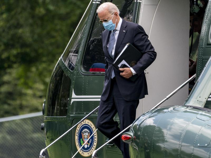 US-Präsident Joe Biden. Mit Stand Montag haben 70 Prozent aller Erwachsenen in den USA mindestens eine Impfdosis erhalten. Foto: Andrew Harnik/AP/dpa