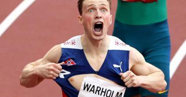 Norwegens Leichtathletik-Star Karsten Warholm rennt Weltrekord über die 400 Meter Hürden. Foto: Oliver Weiken/dpa