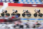 Der Bahnrad-Vierer der Frauen fuhr in Tokio erneut Weltrekord. Foto: Sebastian Gollnow/dpa