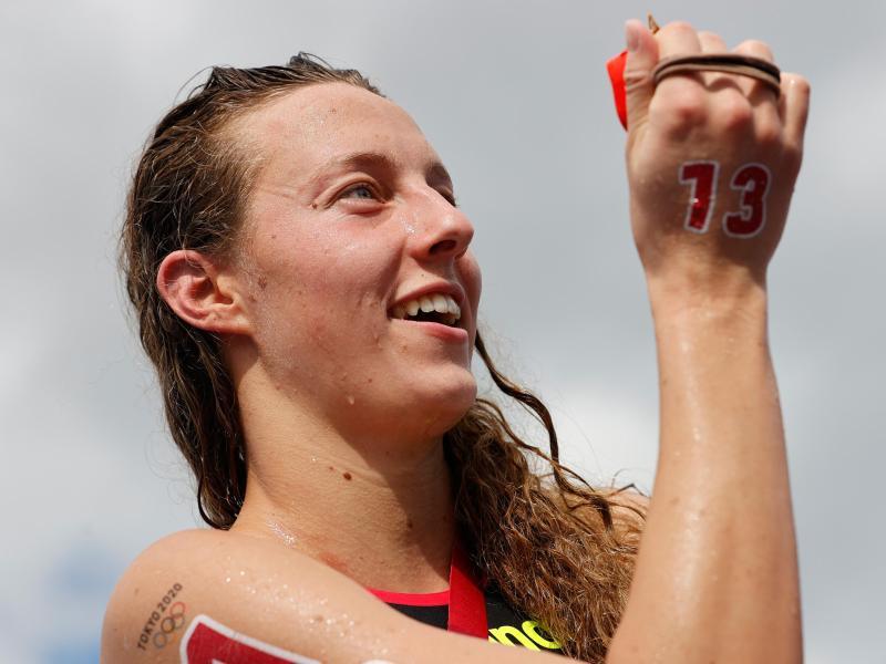 Freiwasserschwimmerin Leonie Beck ist mit ihrem fünften Platz zufrieden. Foto: Oliver Weiken/dpa