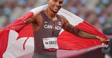 Der Kanadier Andre De Grasse jubelt im Ziel nach seinem Sieg über 200 Meter. Foto: Michael Kappeler/dpa