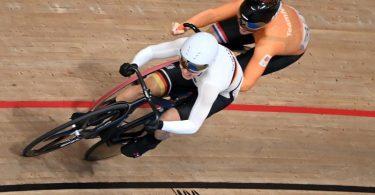 Sprintet ihrer zweiten Tokio-Medaille hinterher: Emma Hinze. Foto: Sebastian Gollnow/dpa