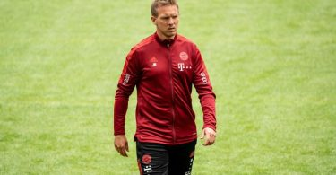 Bayerns neuer Trainer Julian Nagelsmann bei der Team-Präsentation in der Allianz Arena. Foto: Matthias Balk/dpa