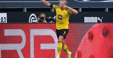 Topstürmer Erling Haaland war an allen fünf Dortmunder Toren direkt beteiligt. Foto: Marius Becker/dpa