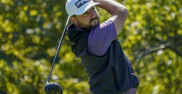 Golfprofi Jäger hat sich zum dritten Mal für die PGATour qualifiziert. Foto: Charles Krupa/AP/dpa/Archivbild