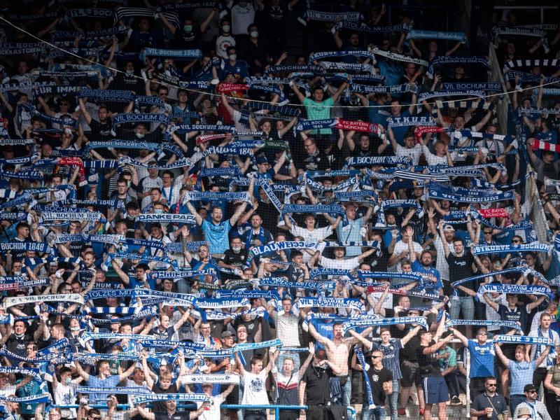 In Bochum waren 12.548 Fans im Stadion. Foto: Fabian Strauch/dpa