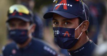 Egan Bernal verlor auf der neunten Vuelta-Etappe mehr als eine Minute auf den Führenden Roglic. Foto: Alvaro Barrientos/AP/dpa