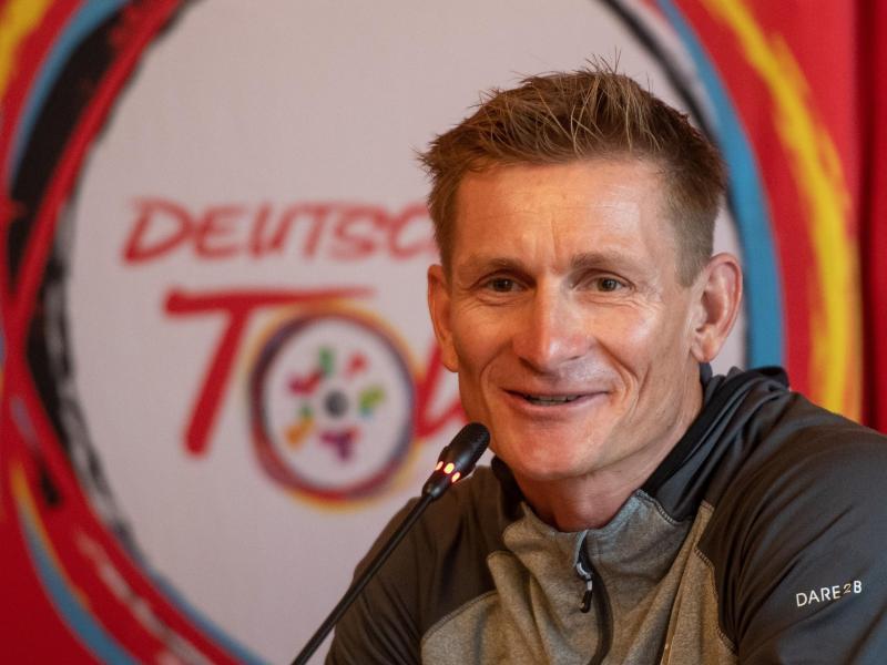 Freut sich auf sein Heimspiel beim Auftakt der Deutschland Tour: André Greipel. Foto: Bernd Thissen/dpa
