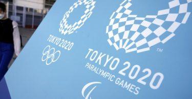 Das Logo der Olympischen und Paralympischen Spiele 2020 in Tokio. Foto: Eugene Hoshiko/AP/dpa