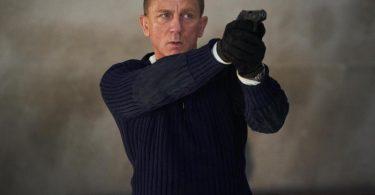 Daniel Craig als James Bond in der Szene eines Trailers zum James-Bond-Film «Keine Zeit zu sterben». Foto: Nicole Dove/DANJAQ and Metro Goldwyn Mayer Pictures/Universal Pictures /dpa