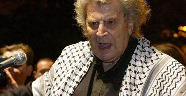 Der griechische Komponist Mikis Theodorakis ist tot. Foto: Louisa Gouliamaki/epa/dpa