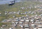 Marine One, der Hubschrauber mit dem US-Präsidenten an Bord, fliegt über die sturmgeschädigten Gemeinden nach dem Hurrikan «Ida». Foto: Jonathan Ernst/Reuters Pool via AP/dpa