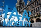 Das Logo der Internationalen Automobil-Ausstellung (IAA Mobility) auf dem Münchner Marienplatz. Foto: Sven Hoppe/dpa