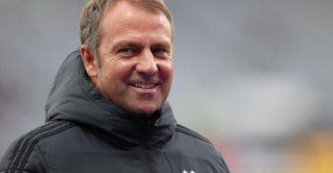 Für Bundestrainer Hansi Flick bedeutet Platz eins in der WM-Qualifikation nicht automatisch Sorglosigkeit. Foto: Christian Charisius/dpa