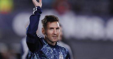 Lionel Messi überholt Pelé als Rekordtorschützen Südamerikas. Foto: Gustavo Ortiz/dpa