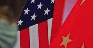 Einfluss-Sphären, Handelspolitik, Menschenrechte - die Liste der Problemfelder zwischen den USAund China ist lang. Foto: Andy Wong/AP/dpa