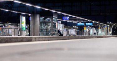 Wenn die Bahn und die GDL ihren Tarifkonflikt nicht bald beilegen, droht eine dritte Streikrunde der Lokführer. Foto: Hauke-Christian Dittrich/dpa