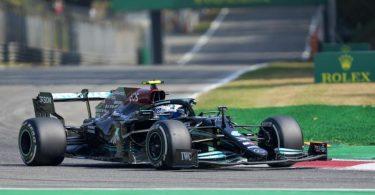 Hat die Sprintqualifikation in Monza gewonnen, startet aber nicht von der Pole: Mercedes-Pilot Valtteri Bottas. Foto: Antonio Calanni/AP/dpa