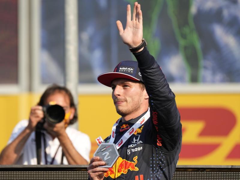 Max Verstappen geht in Monza von der Pole ins Rennen. Foto: Luca Bruno/AP/dpa