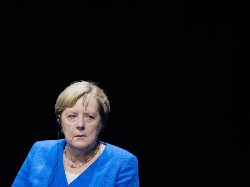 «Nie war es einfacher, eine Impfung zu bekommen. Nie ging es schneller»: Angela Merkel-. Foto: Rolf Vennenbernd/dpa