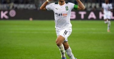 Mönchengladbachs Lars Stindl feiert sein Tor zum 1:0. Foto: Federico Gambarini/dpa