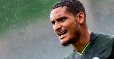 Will sich mit seinen Leistungen beim VfL Wolfsburg für Frankreichs Nationalteam empfehlen: Maxence Lacroix. Foto: Swen Pförtner/dpa