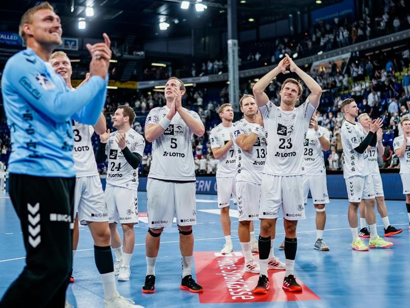 Kiels Handballer wollen auch nach dem Königsklassen-Auftakt bei Meschkow Brest Grund zum Jubel haben. Foto: Axel Heimken/dpa
