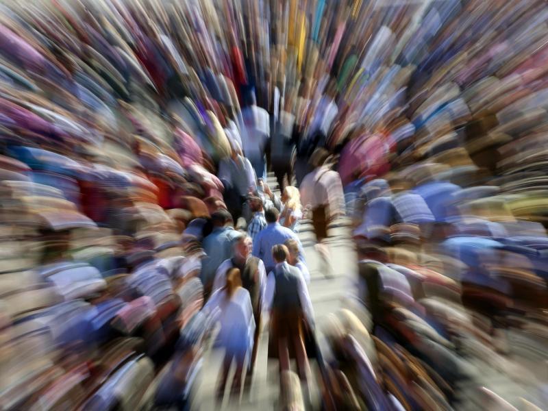 Forscher gehen davon, dass 1 bis 2 von 100 Menschen gesichtsblind sind. Foto: Karl-Josef Hildenbrand/dpa/dpa-tmn