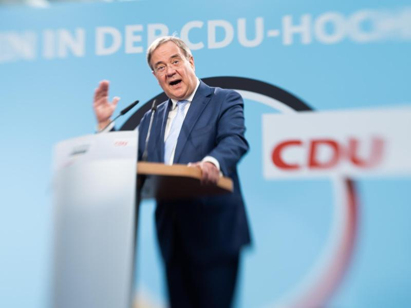 CDU-Kandidat Armin Laschet bei einem Auftritt in Delbrück. Foto: Friso Gentsch/dpa