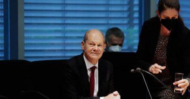 Olaf Scholz am Montag im Finanzausschuss des Bundestags. Foto: Carsten Koall/dpa