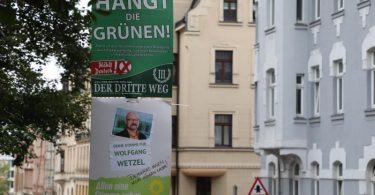 Eines der nun verbotenen Wahlplakate gegen die Grünen in Zwickau. Foto: Bodo Schackow/dpa-Zentralbild/dpa