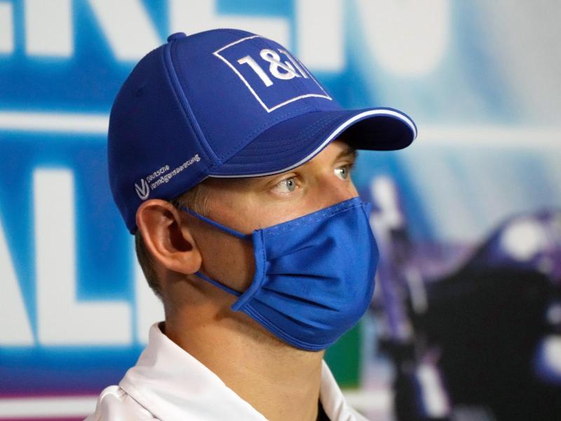 Fährt auch 2022 für das Formel-1-Team von Haas: Mick Schumacher. Foto: Luca Bruno/Pool AP/dpa