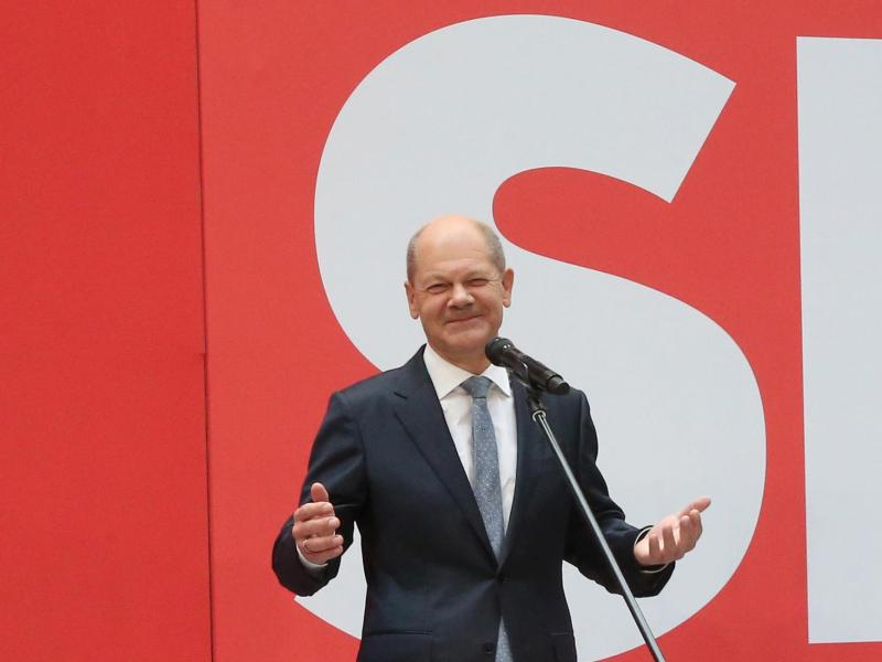 SPD-Kanzlerkandidat Olaf Scholz sieht für seine Partei einen «sichtbaren Auftrag» zur Regierungsbildung. Foto: Wolfgang Kumm/dpa