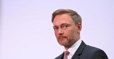 Christian Lindner könnte mit den Grünen in Vorgesprächen klären, welchen Kanzlerkandidaten man gemeinsam unterstützen will. Foto: Sebastian Kahnert/dpa-Zentralbild/dpa