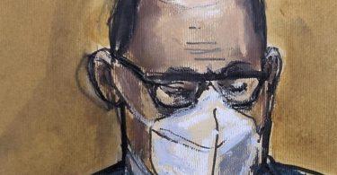 In dieser Skizze des Gerichtssaals hört R. Kelly zu, als der Vorsitzende der Jury das Urteil verliest. Foto: Elizabeth Williams/AP/dpa