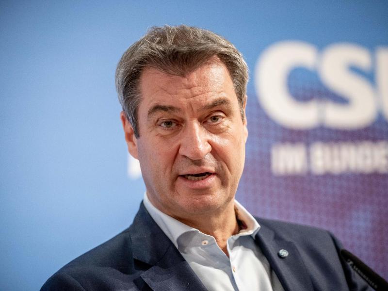 Markus Söder nach der Sitzung der CSU- Landesgruppe im neugewählten Bundestag. Foto: Michael Kappeler/dpa
