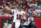 Tom Brady (l) kehrt zu den New England Patriots zurück - aber als Gegner. Foto: Dirk Shadd/TNS via ZUMA Press Wire/dpa