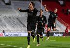 Goncalo Paciencia (l) schoss Eintracht Frankfurt in Antwerpen zum Sieg. Foto: Marius Becker/dpa