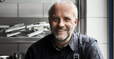 Heiko Antoniewicz, Koch und Geschäftsführer der Antoniewicz GmbH, tüftelt seit über 15 Jahren an aromatischen Rezeptkreationen mit Kaffee. Foto: Vivi D'angelo/Dk Verlag/dpa-tmn