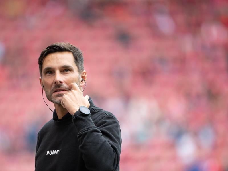 Will mit Fürth endlich den ersten Saisonsieg in der Fußball-Bundesliga: SpVgg-Coach Stefan Leitl. Foto: Sebastian Gollnow/dpa
