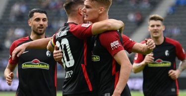 Der SCFreiburg bleibt in der Bundesliga weiterhin ungeschlagen und gewinnt auch bei Hertha BSCin Berlin. Foto: Soeren Stache/dpa-Zentralbild/dpa