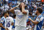 Real-Stürmer Karim Benzema ärgert sich nach einer verpassten Chance. Foto: Joan Monfort/AP/dpa
